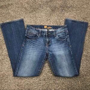 Kut from the Kloth regular bootcut jeans size 8
